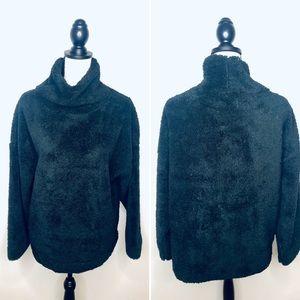 💥 GAP Body Fuzzy Black Sweatshirt in Sz M